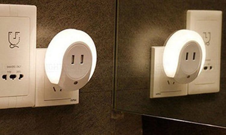 Dual USB Outlet Night Lamp – Time4Gadget